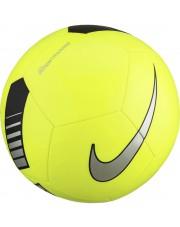 Pilka Nike Pitch Training